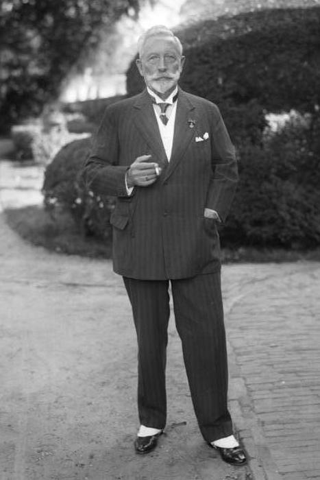 Kaiser Wilhelm in exile, 1933